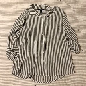 ⭐️ Button Up Striped Blouse